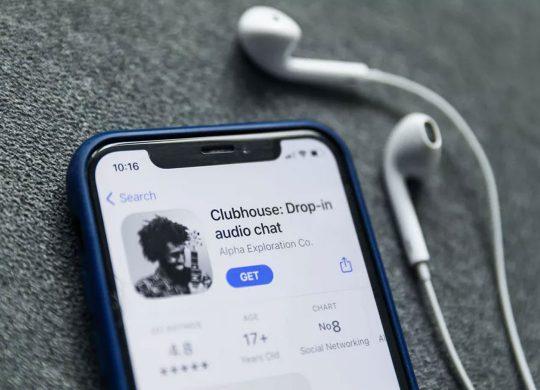 كلوب هاوس تطبيق جديد يعتمد على تقنية الصوت فقط